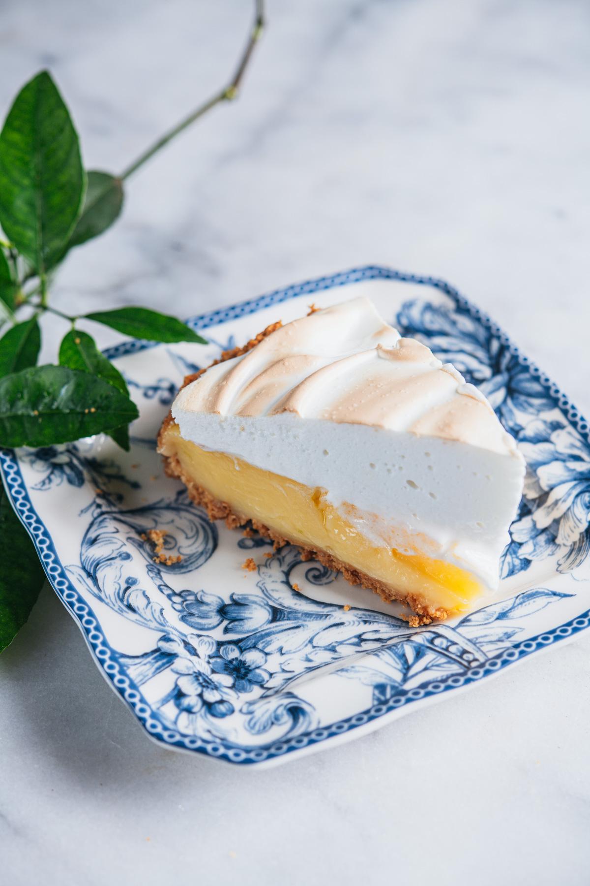 Torta maravilhosa de limao com merengue 3