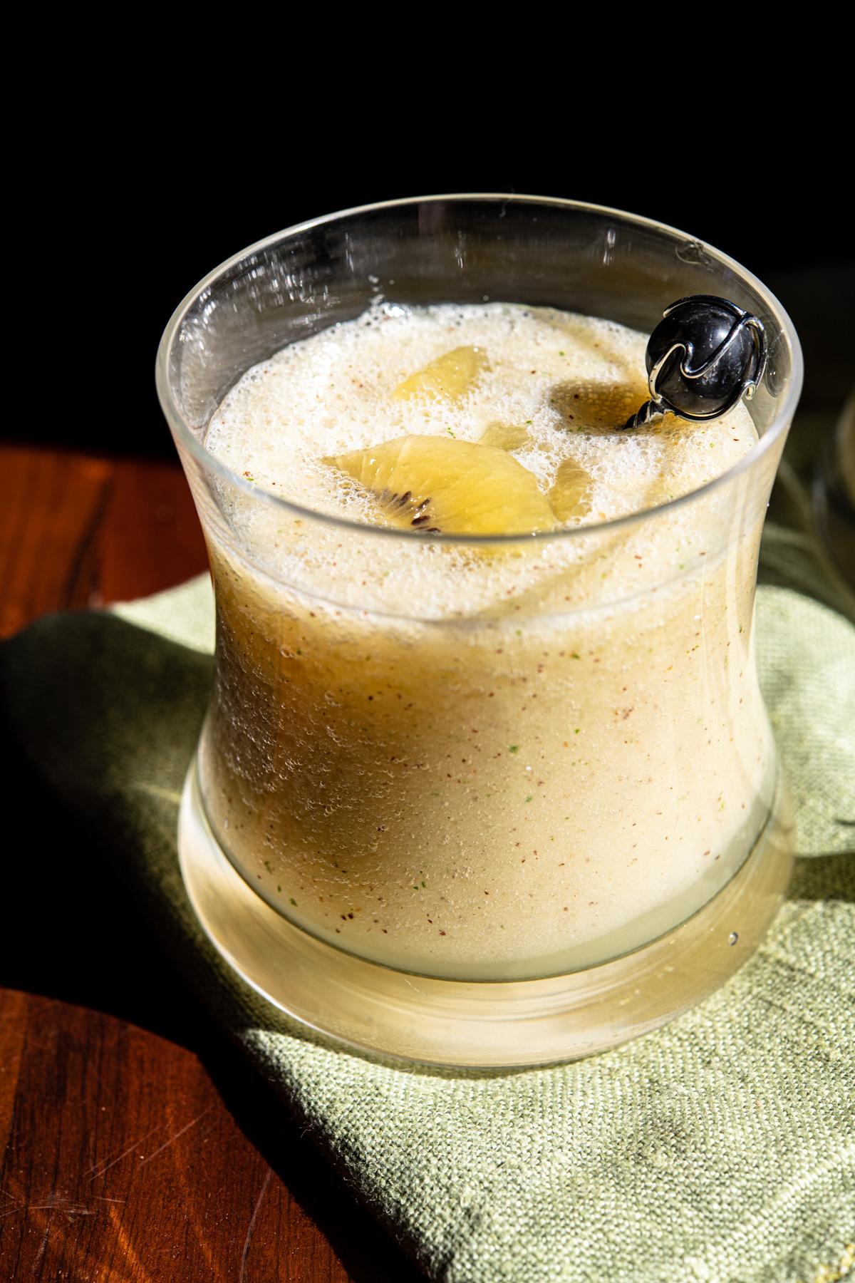 refresco de kiwi e hortelã